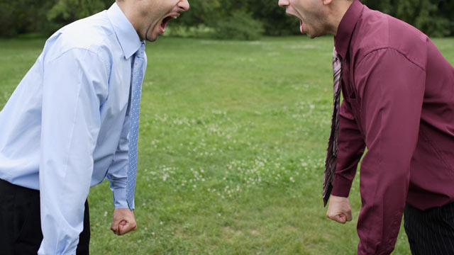 PHOTO: Two men quarreling.