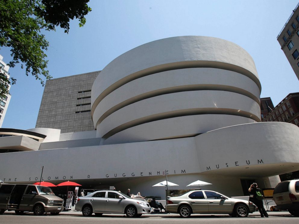 PHOTO: This May 31, 2011 file photo shows the exterior of Frank Lloyd Wrights Solomon R. Guggenheim Museum in New York.