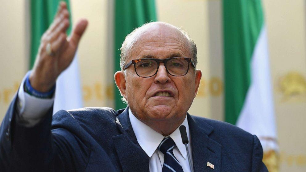 'Mulai di Sini': Rudy Giuliani tidak sesuai dengan kongres somasi