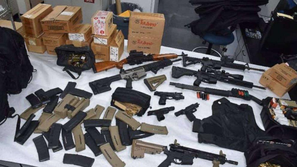 UPS-Arbeiter, die bedroht Massenerschießungen hatte arsenal von 20.000 Schuss Munition
