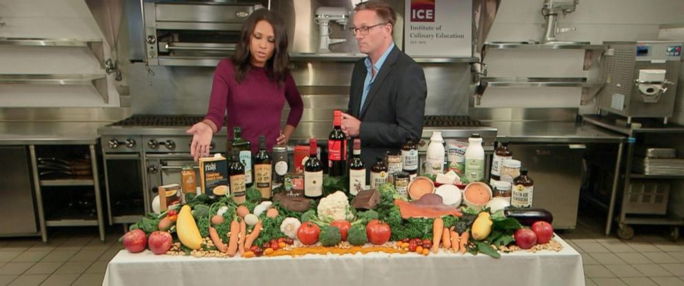 """PHOTO: Dr. Michael Mosley, the author of the new book """"The Clever Gut Diet: How to Revolutionize Your Body from the Inside Out"""" discusses the benefits of gut health in an interview with ABC News Adrienne Bankert."""