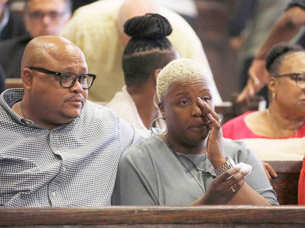 PHOTO: Nathaniel Pendleton Sr. and Cleopatra Cowley, parents of Hadiya Pendleton, listen to closing arguments in the Micheail Ward case for the fatal shooting of Hadiya in Chicago, Aug. 23, 2018.