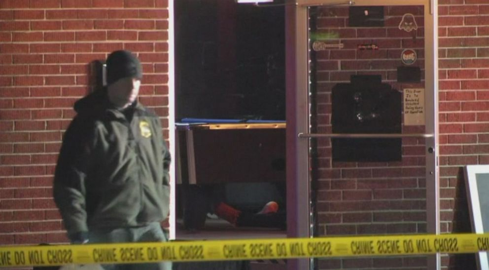 South Carolina bar shooting leaves at least 2 dead, 5 injured 1