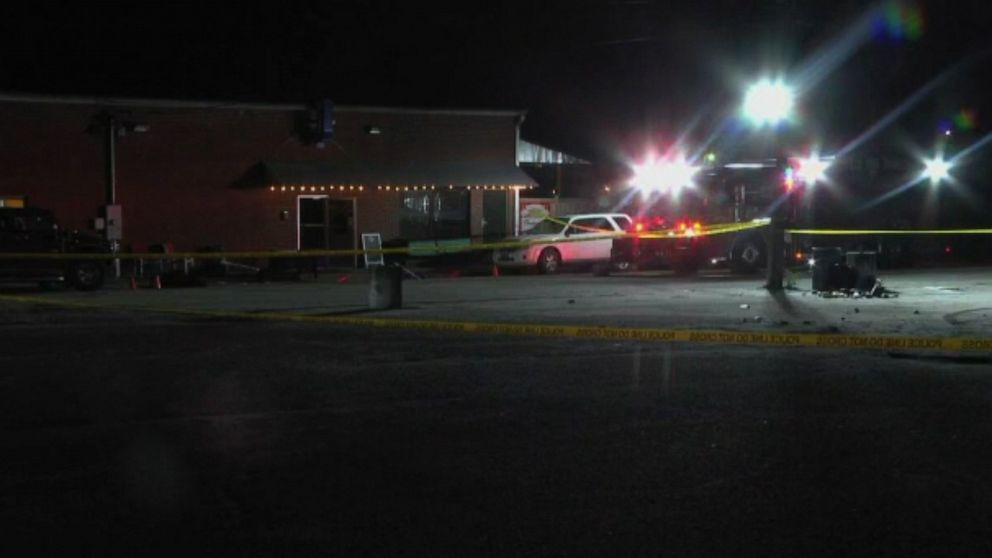 South Carolina bar shooting leaves