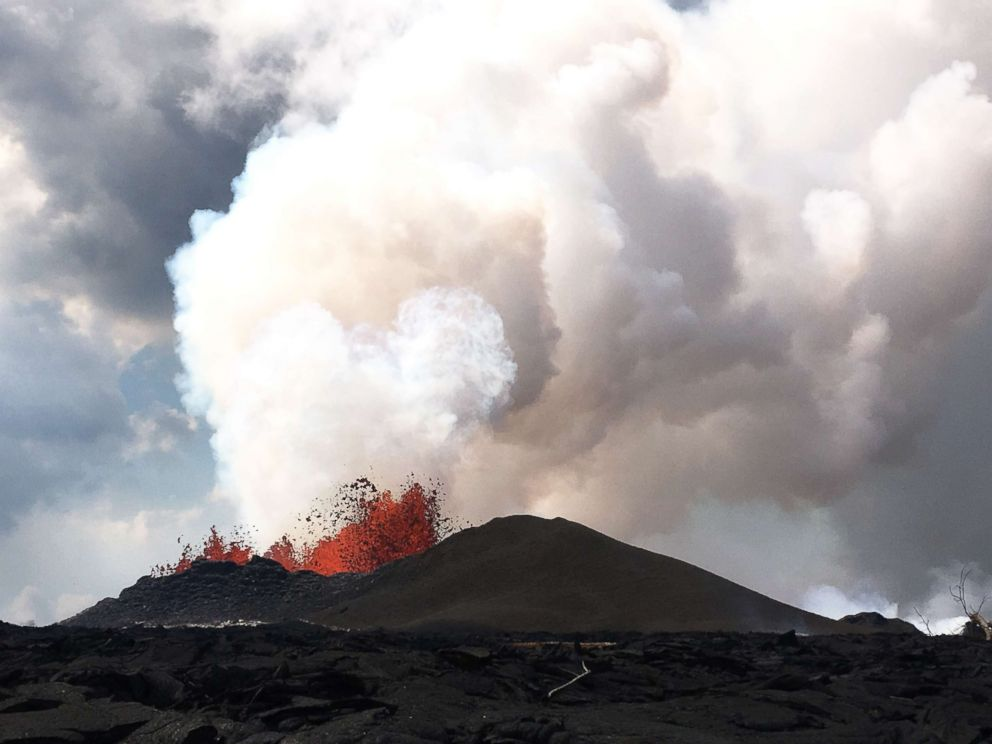 Eruption of lava continues from vent in Hawaii neighborhood