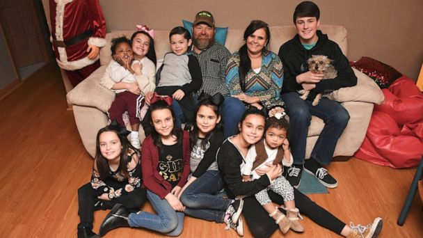 Arkansas mom talks adopting nine siblings, becoming family of 15