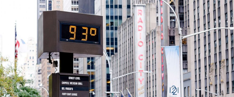 PHOTO: A sign shows the temperature in midtown Manhattan during an unseasonably hot day in New York City, Oct. 2, 2019.