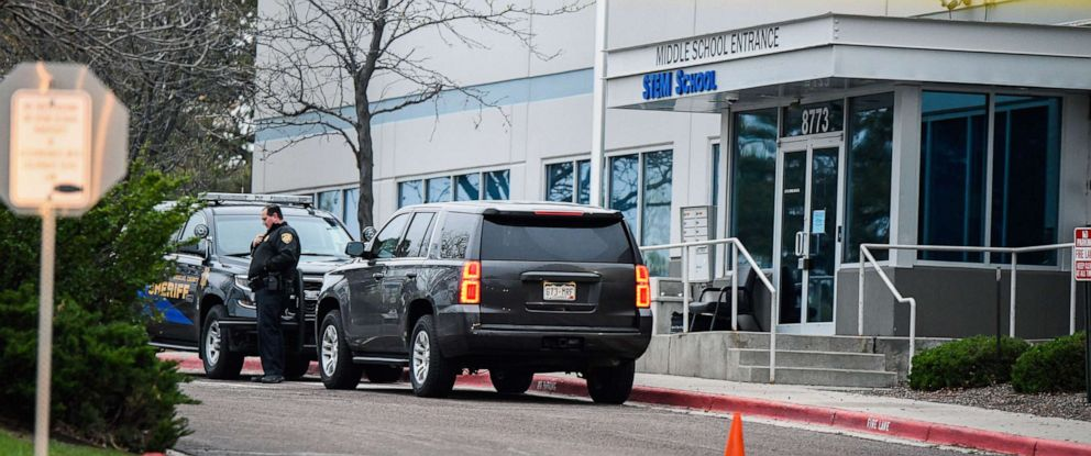 PHOTO: A police officer stands outside the STEM School Highlands Ranch in Highlands Ranch, Colo., May 8, 2019.