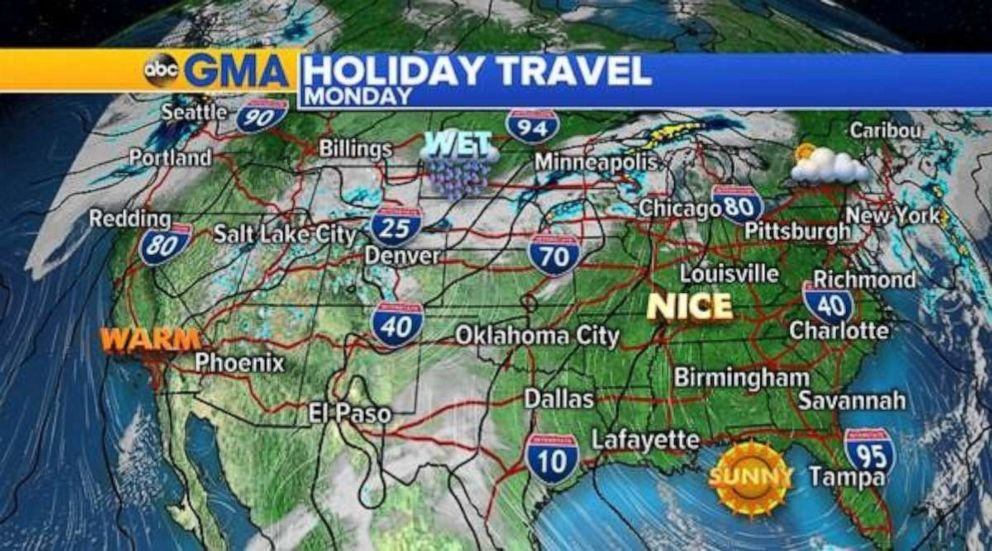 PHOTO: Holiday travel looks good across most of the country. The only concern is for some showers in the Northern Plains.