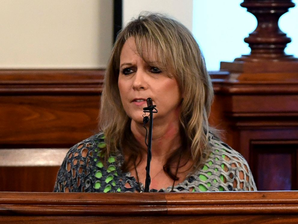 PHOTO: Karen Bobo speaks to Zach Adams during the victim impact statement during the penalty phase of the Holly Bobo murder trial, Sept. 23, 2017, in Savannah, Tenn.