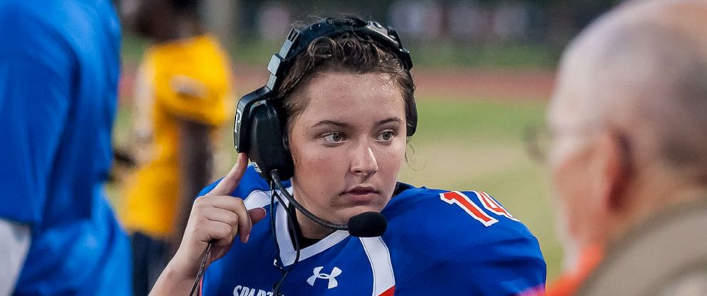 PHOTO: Holly Neher, 16, a junior at Hollywood Hills High School in Hollywood, Fla., threw a touchdown pass in her first varsity football game.
