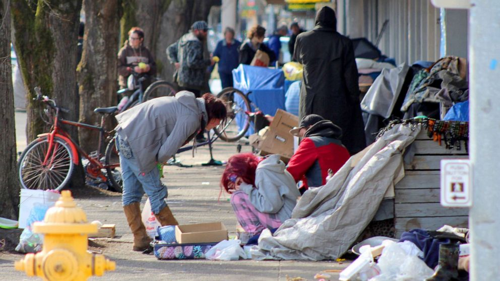 Coronavirus and the homeless: Why they're especially at risk, ways ...