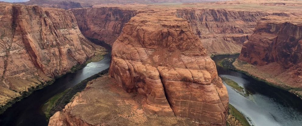 PHOTO: This Aug. 27, 2016, photo shows Horseshoe Bend near Page, Ariz. Authorities say a California girl visiting the Arizona landmark has died from what appears to be an accidental fall.