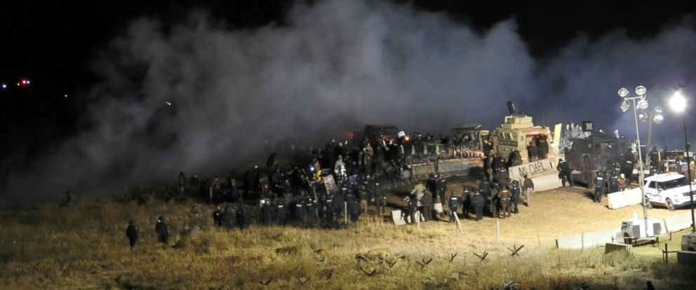 PHOTO: Law enforcement and an estimated 400 Dakota Access pipeline protesters were in a standoff on the Backwater Bridge in Morton County, North Dakota, Nov. 20, 2016.