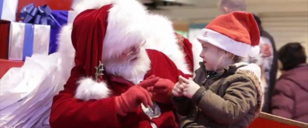 PHOTO: A mall Santa in Middlesbrough, England used sign language to ask a deaf girl what she wanted for Christmas on Dec. 5, 2015.