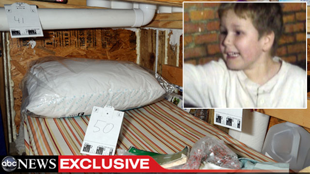 "PHOTO: Pierre Thomas has an exclusive look inside the bunker where Jimmy Lee Dykes held 5 year-old ""Ethan"" hostage earlier this year."