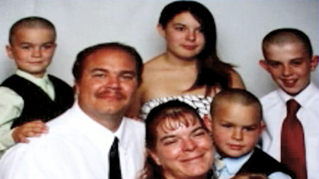 PHOTO: Ailene Lander and family
