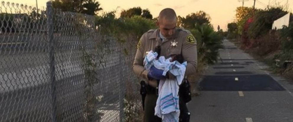 """PHOTO: Authorities in Los Angeles, California, are looking for information regarding """"the abandonment and endangerment"""" of a newborn baby girl."""