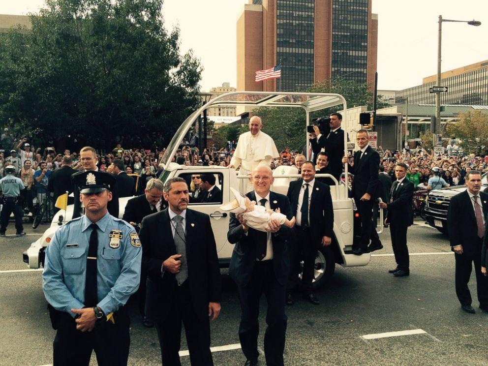PHOTO: Dana and Daniel Maddens daughter, Quinn, met Pope Francis in Philadelphia on Sept. 26, 2015.