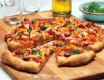 PHOTO: Tosca Reno shares healthier Super Bowl options to spice up your game, like BBQ chicken pizza.