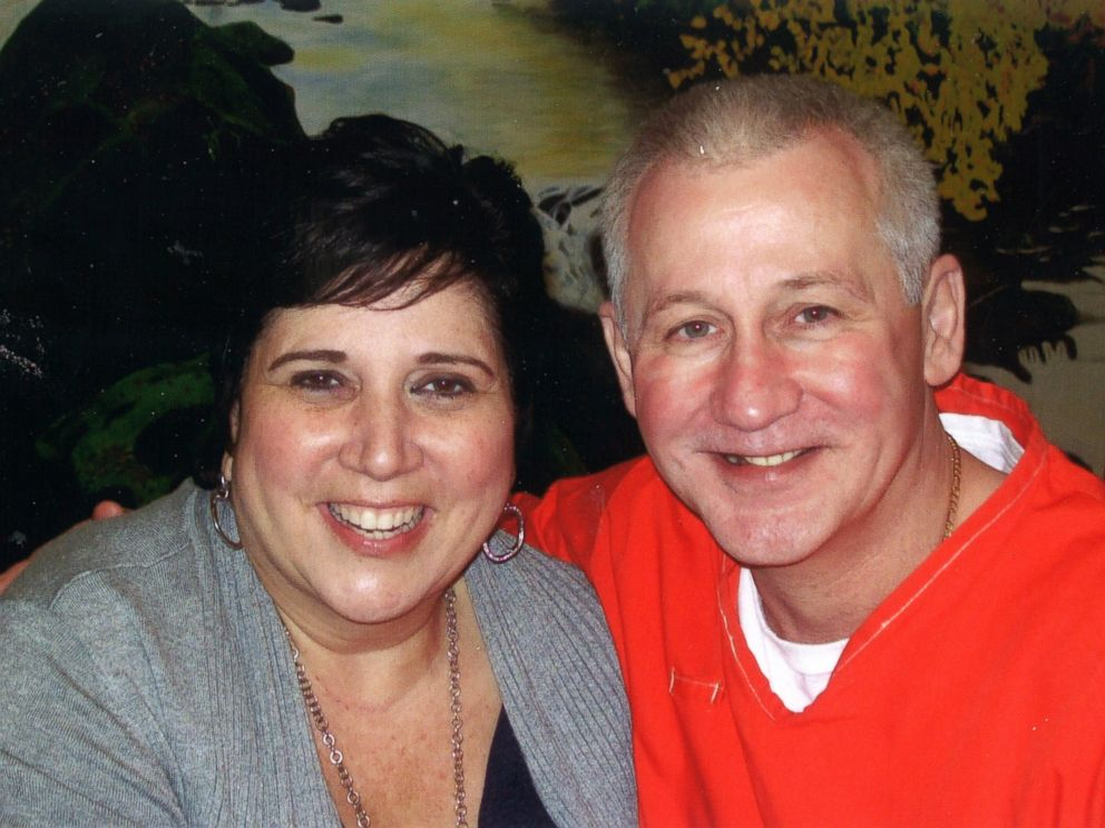 PHOTO: Rosalie and Oscar Bolin, pictured together in this recent photo at Florida State Prison, just celebrated their 18-year anniversary
