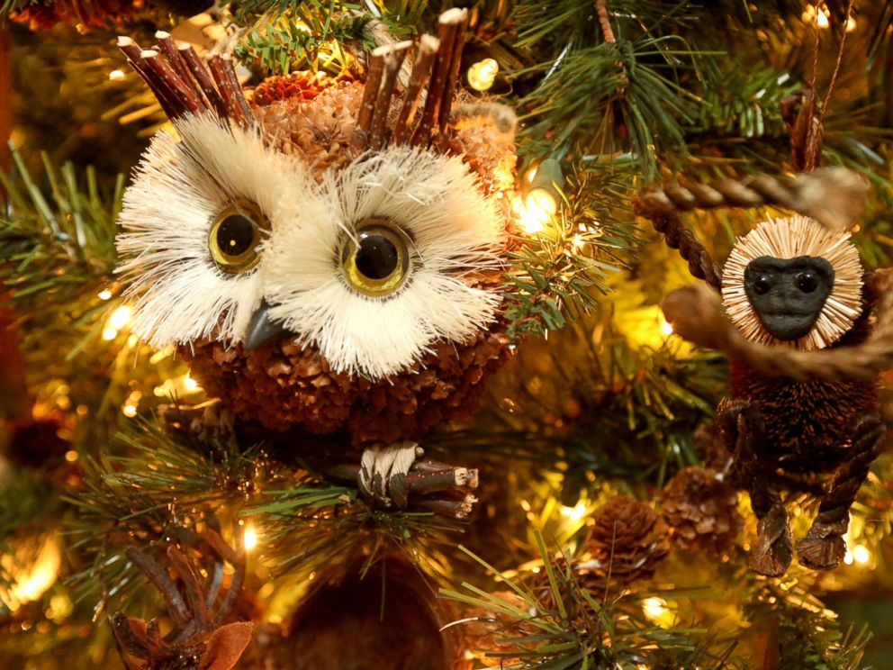 PHOTO: Gloria Witherow said that she was inspired to make a critter tree after the popularity of the childrens song What Does Fox Say