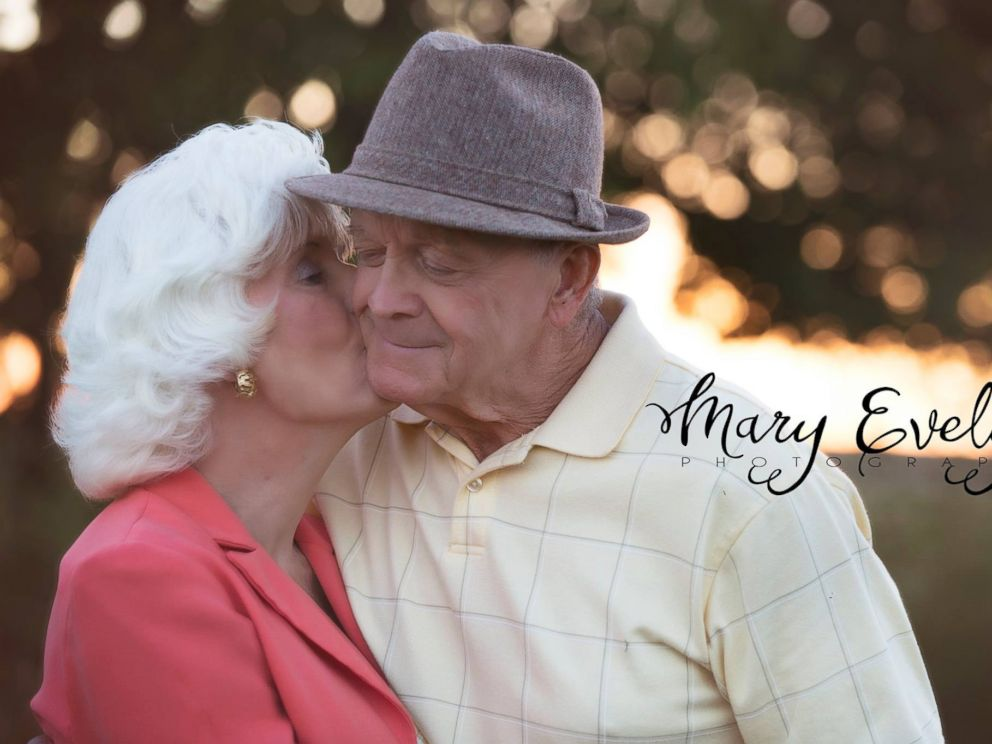 PHOTO: Clemma and Sterling Elmore have been married for 57 years, and a photo shoot of them that was inspired by the film The Notebook has been going viral.