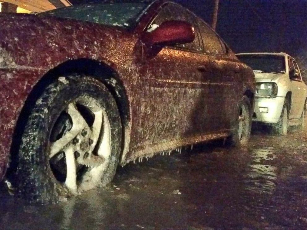 PHOTO: Shawn Reynolds of WRTV in Indianapolis, Indiana tweeted this photo with the text, Cars frozen to the ground after a water main break on Indys Near East Side on Jan. 8, 2015.