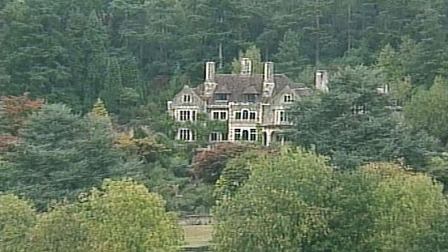 PHOTO: The Ammon family moved from New York City to Coverwood, a $6 million estate with 22 rooms in Surrey, England in 1999.