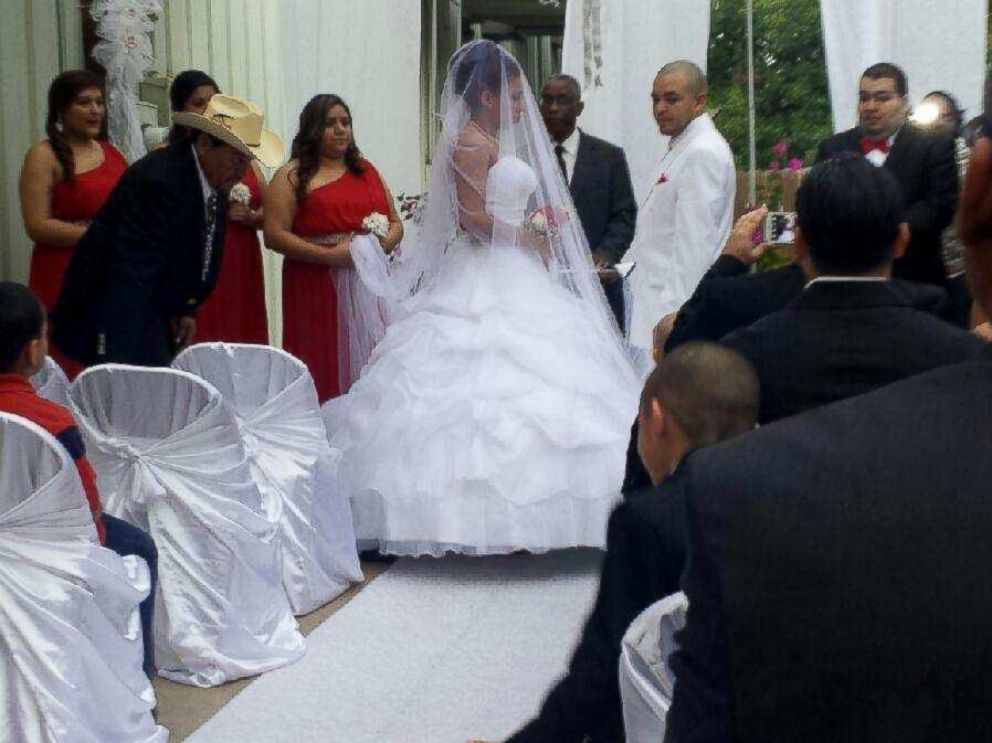 ... Texas Couples Wedding Day Saved By Strangers From Craigslist Abc News  ...