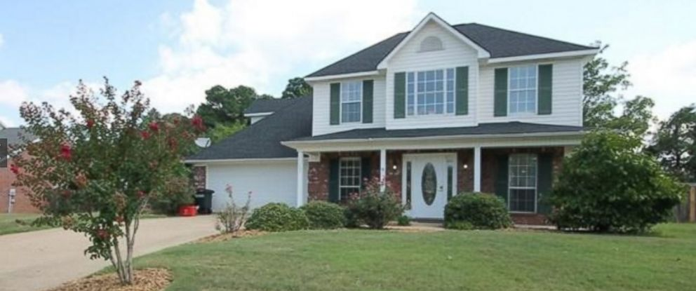 This single family home is for sale in Oxford, Mississippi.