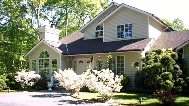 PHOTO: Donald Torrs East Hampton rental home