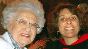 PHOTO Elaine Albus and her mother, who died of Alzheimer?s disease last year, are shown in happier times.