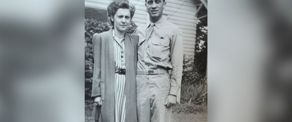 PHOTO: Trevee Green and her neighbor Alan Kirkwood both found old family pictures outside their homes in Beavercreek, Oregon.