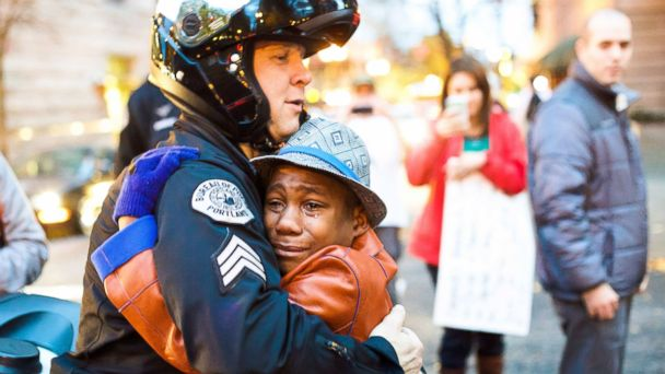 Teen who went viral during Ferguson protests reported missing after family dies in car crash