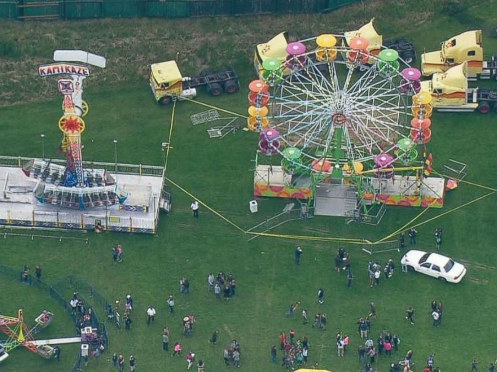 PHOTO: Three people were injured after falling from a Ferris wheel at the Rhododendron Festival in Port Townsend, Washington, on May 18, 2017.