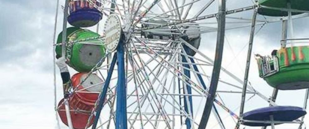 PHOTO: Three girls are reported to have fallen out of a Ferris wheel at the Greene County Fair in Tennessee, Aug. 8, 2016.