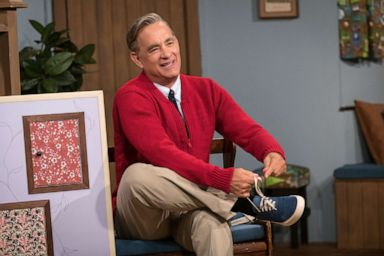 Tom Hanks Who Portrays Mister Rogers In A Beautiful Day In The Neighborhood Says He Too Works On Being Kind Abc News