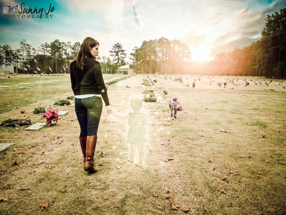 PHOTO: Photographer Sunny Jo said 23-year-old Jeanie Ditty requested the superimposed after life photos one month after her 2-year-old daughters death.