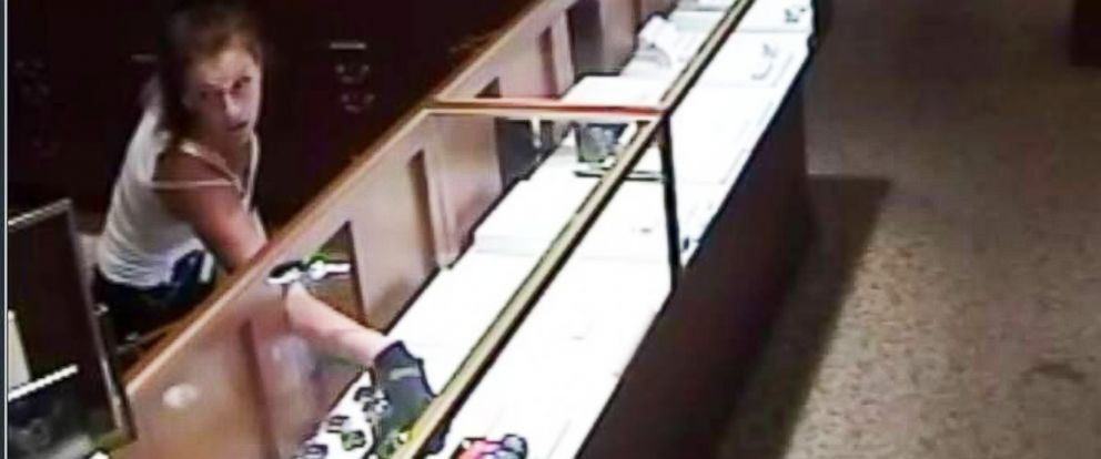 PHOTO:Authorities are investigating jewelry store robberies in Georgia, Florida and South Carolina.