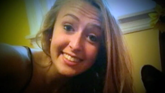 """PHOTO: Kara Alongi, 16, sent an ominous tweet Sept. 30, saying, """"There is someone in my house, ecall 911."""""""