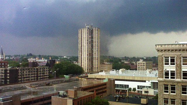 PHOTO:Apparent tornado in Springfield, Mass.