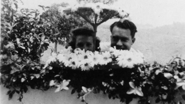 PHOTO:The wedding shower of Richard and Pat Nixon.