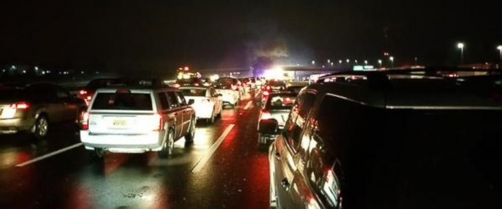 At Least 1 Dead in NJ Turnpike Multi-Car Crashes - ABC News