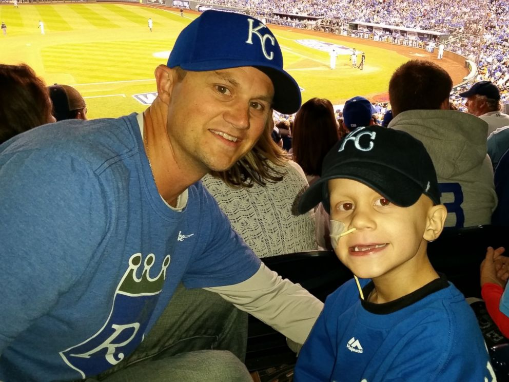 PHOTO: Scott Wilson and his son Noah at the World Series on Oct. 21, 2014.