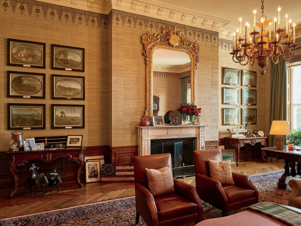 Inside The White House Get A Glimpse Of The Living
