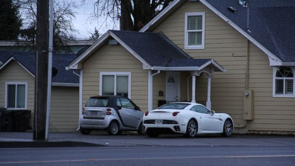 PHOTO: Portland Police Det. Liz Cruthers was commuting to work in Portland when she noticed expensive cars parked by Rachel Lees psychic shop in Canby, Oregon.