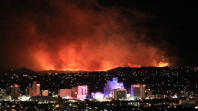 Reno Wildfire Fueled By Winds Abc News