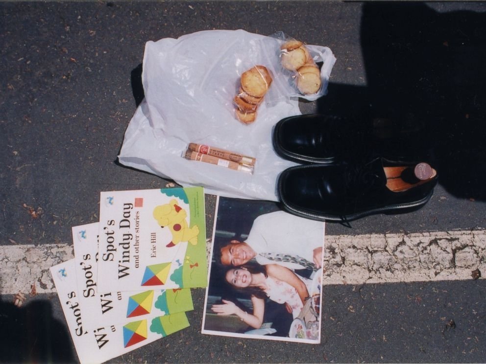 A pair of shoes, childrens books and other items police say they found in Scott Petersons car when it was searched in 2003.