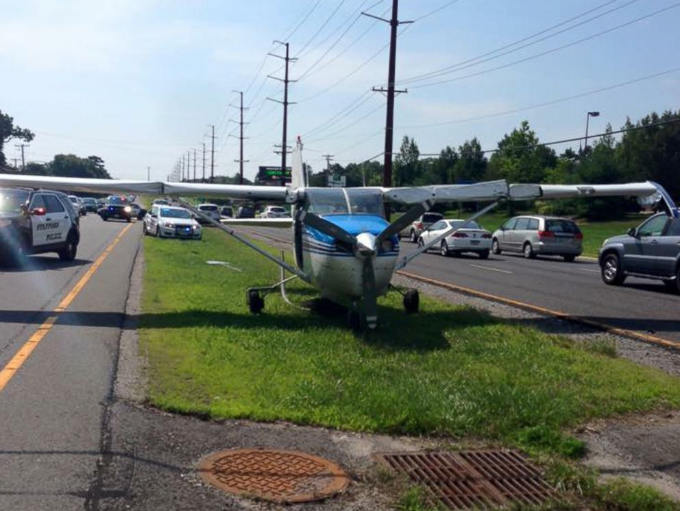 PHOTO: Police in Stafford Township, N.J. released a statement on July 12, 2015 saying that a single-engine plane was forced to make an emergency landing on the grass median in the middle of a state highway.